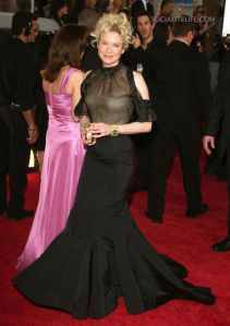 gallery_main-reneezellweger-2009-golden-globe-awards-red-carpet-photos-01122009-02
